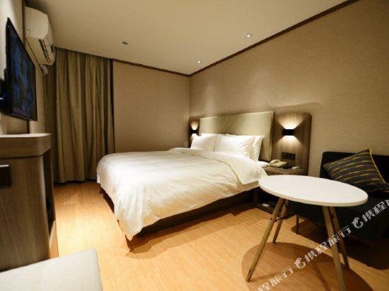 7 Days Inn Guangzhou Shiqiao Middle Qinghe Road Guangzhou China
