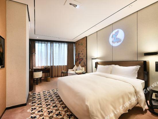美豪麗致酒店(深圳東門老街地鐵站店)(Mehood Lestie Hotel (Shenzhen Dongmen Pedestrian Street Metro Station))雅緻豪華大床房