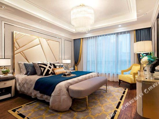 Slow Fashion Boutique Apartment (Wuhan Railway Station)