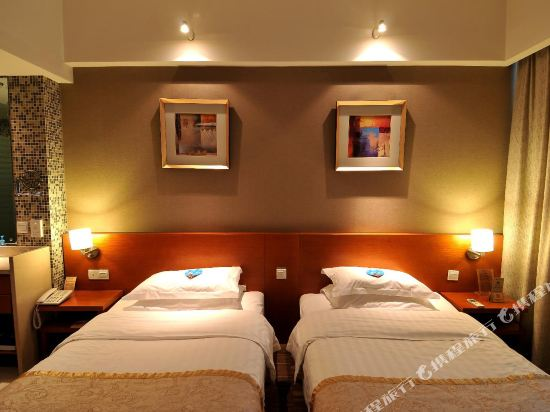 昆明龍騰大酒店(Kunming Long Teng Hotel)舒適雙床房