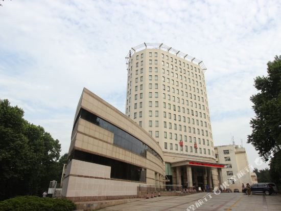 Academic Exchange Center of Central China Normal University (Guiyuan Hotel)