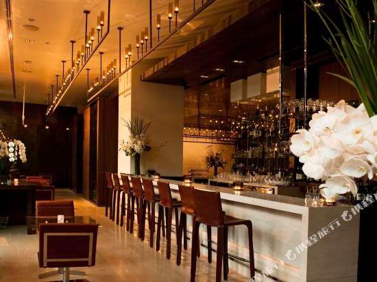 新加坡濱海灣金沙酒店(Marina Bay Sands)酒吧