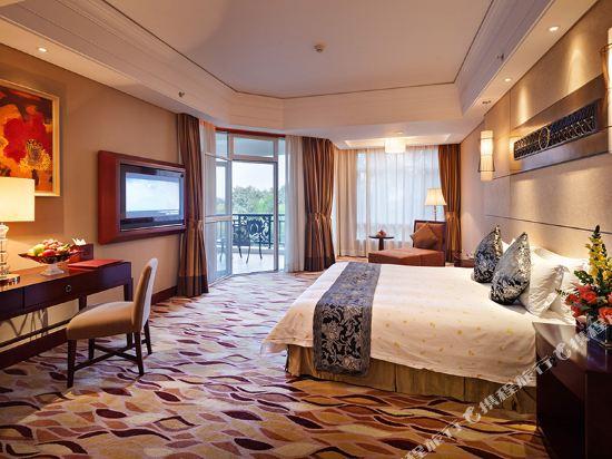 三正半山酒店(東莞橋頭店)(Goodview Hotel (Dongguan Qiaotou))親水區E座豪華商務大床房