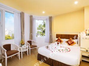 紅寶石河大酒店