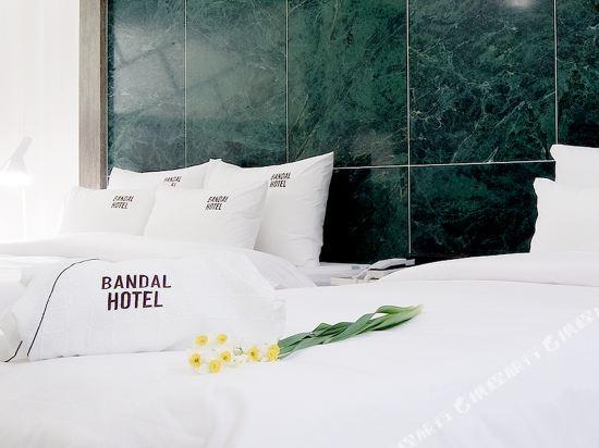 Bandal酒店(Bandal Hotel)三人家庭房