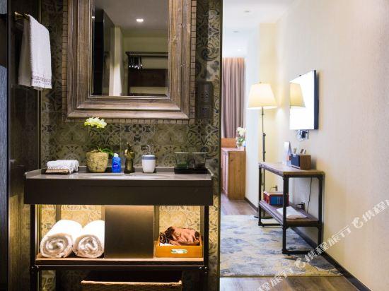 美豪酒店(深圳機場店)(Mehood Hotel)愛丁堡大床房