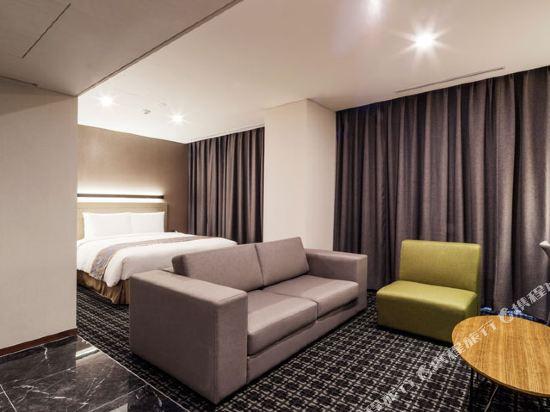 首爾帝馬克豪華酒店明洞(Tmark Grand Hotel Myeongdong)行政套房