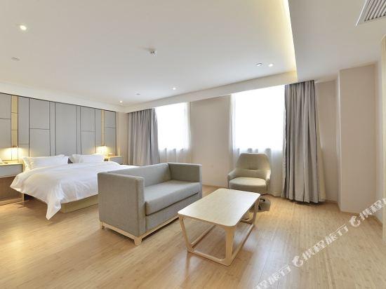 宿適輕奢酒店(上海漕河涇虹橋店)(Sushi Hotel (Shanghai Caohejing Hongqiao))輕奢豪華大床房