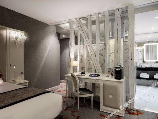 歌劇院鑽石阿爾巴宅邸酒店 - 貝斯特韋斯特頂級精選(Hotel Opera Diamond, BW Premier Collection)鑽石套房-帶水療