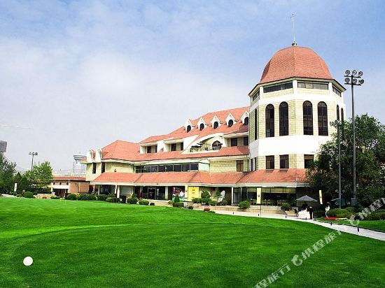 Tianjin Warner International Golf Club