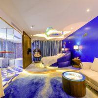 速8(廣州新白雲國際機場一店)酒店預訂