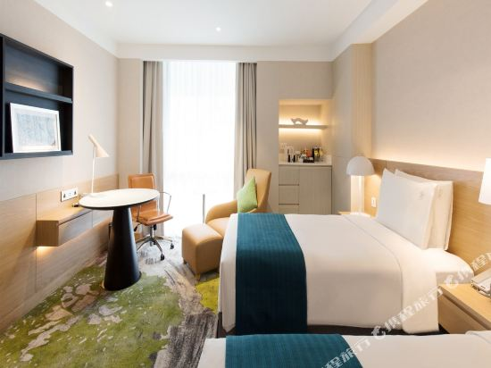 曼谷假日酒店(Holiday Inn Bangkok)行政套房