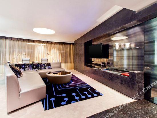 曼谷W酒店(W Bangkok Hotel)驚喜套房