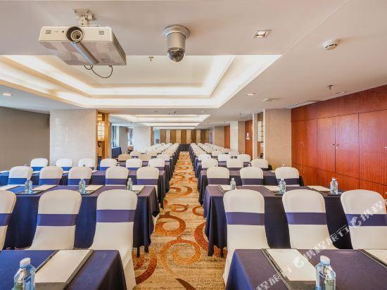 百盛達酒店(佛山千燈湖公園店)(Pasonda Hotel (Foshan Qiandeng Lake Park))會議室