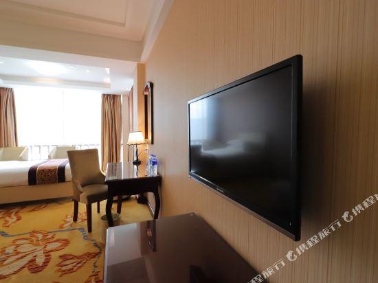 維也納酒店(上海浦東機場店)(Vienna Hotel (Shanghai Pudong Airport))豪華家庭套房