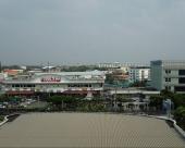 叻拋地鐵站叻猜拉披色暹羅招待酒店
