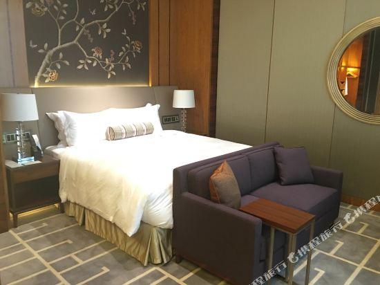 香港帝苑酒店(The Royal Garden Hotel)天際海景客房