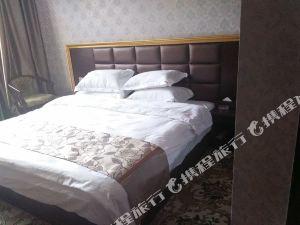 涼山瀘沽湖眉山建國酒店