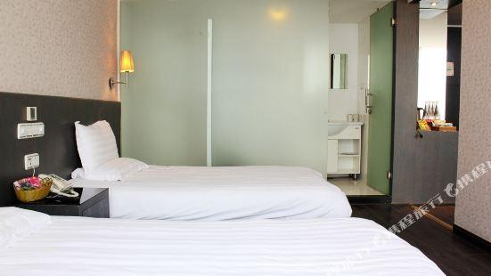 Yipin Business Hotel