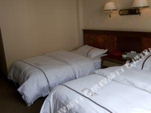 鄉城巴姆山大酒店