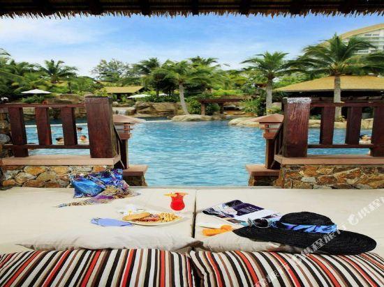 盛泰瀾幻影海灘度假村(Centara Grand Mirage Beach Resort Pattaya)室內游泳池