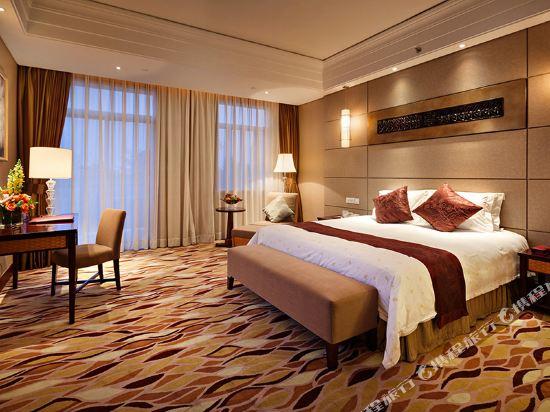 三正半山酒店(東莞橋頭店)(Goodview Hotel (Dongguan Qiaotou))親水區E座商務大床房