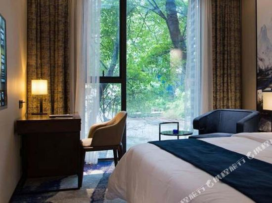 中濠精緻酒店(西鄉大道店)(Bbhol Elegant Hotel (Xixiang Avenue))輕奢大床房