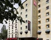 巴黎聖馬丁運河宜必思酒店