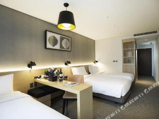 首爾東大門貝斯特韋斯特阿里郎希爾酒店(Best Western Arirang Hill Dongdaemun)三人房