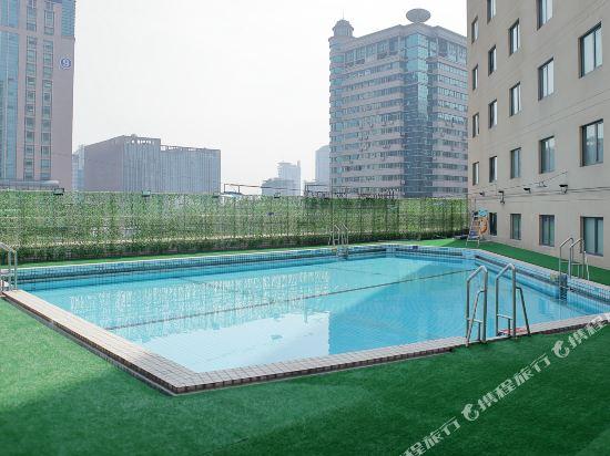 杭州中維香溢大酒店(Zhongwei Sunny Hotel)室外游泳池