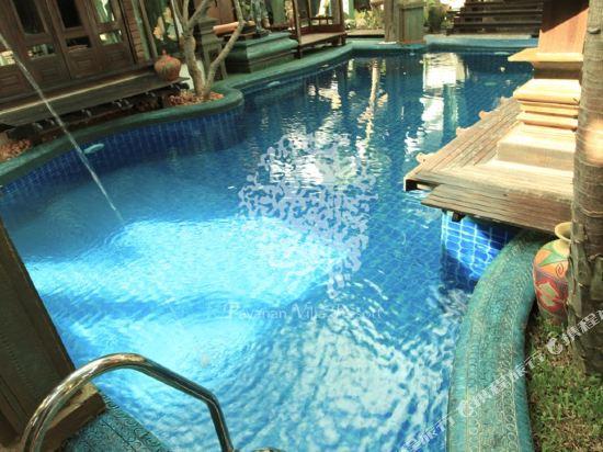 芭雅娜奢華泳池別墅度假村(Payanan Luxury Pool Villa Resort Pattaya)室外游泳池