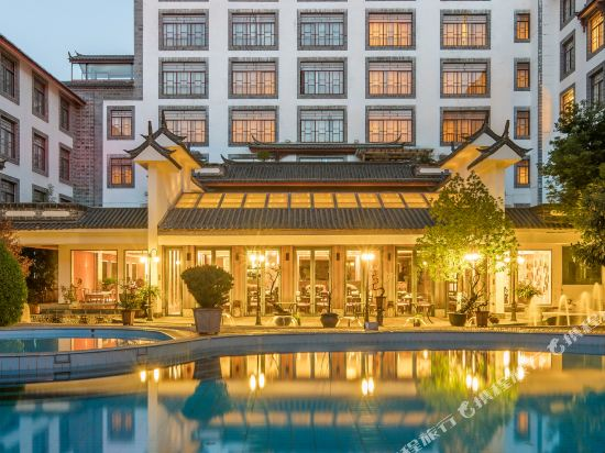 Junlan Lijiang International Hotel