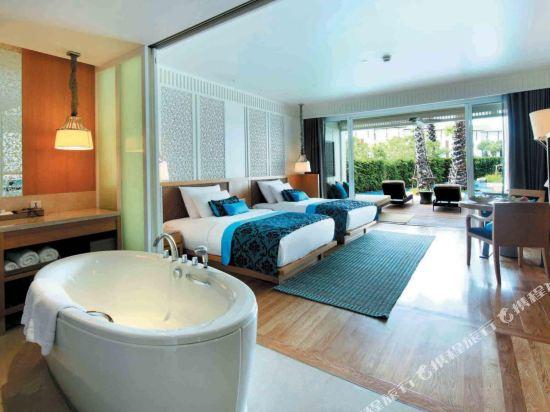 華欣洲際度假酒店(InterContinental Hua Hin Resort)洲際俱樂部泳池雙床房帶露台