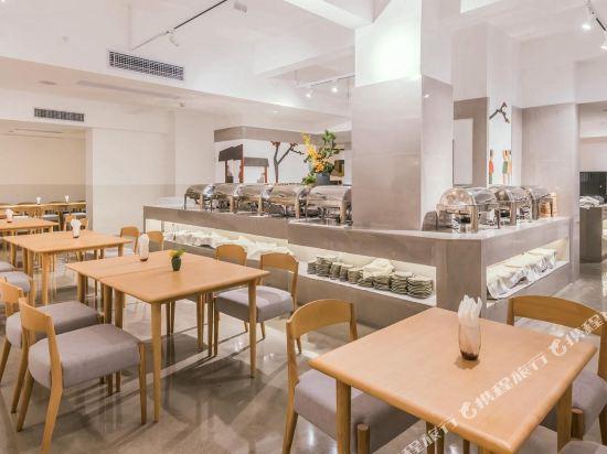 喜悅門酒店(佛山樂從傢俱城店)(Ceramik Hotel (Foshan Lecong Furniture City))餐廳