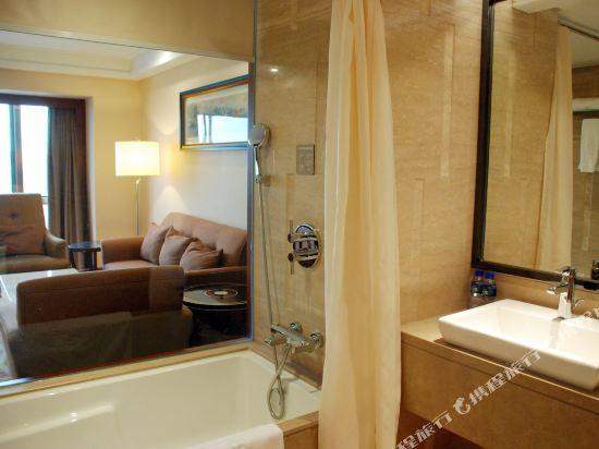 北京京都信苑飯店(Beijing Xinyuan Hotel)商務套間