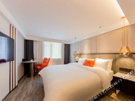 和頤至尊酒店(上海南京路步行街店)(Yitel Premium (Shanghai Nanjing Road Pedestrian Street))至尊景觀大床房