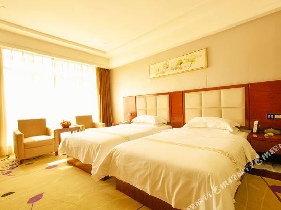 百合酒店(佛山樂從天佑城店)(原畔灣店)(Bai He Hotel (Foshan Lecong Tianyoucheng))行政雙床房