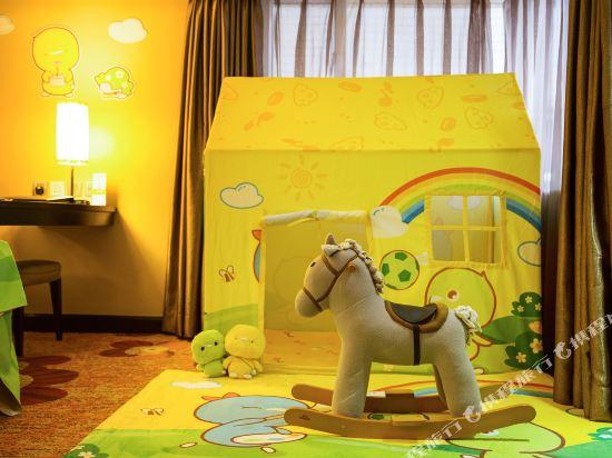 澳門富豪酒店(Hotel Beverly Plaza)小雞彩虹酷芽親子房