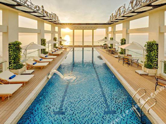 峴港海灘巴利斯德利酒店(Paris Deli Danang Beach Hotel)外觀