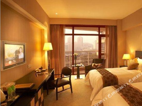 中山東方海悅酒店(Hiyet Oriental Hotel)豪華江景家庭套房