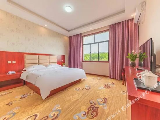 昆明伴山境悅觀景酒店(Ban Shan Jin Yue Guan Jing Jiu Dian)伴山觀景大床房