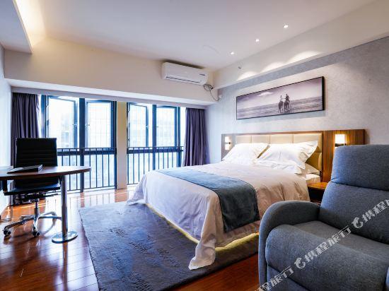 佛山雲谷酒店式公寓雲悅非凡大床房