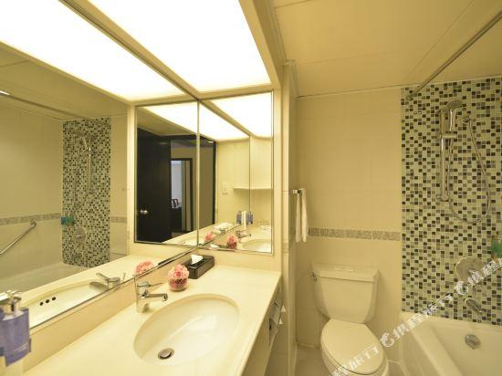 香港悅來酒店(Panda Hotel)雙卧室豪華套房