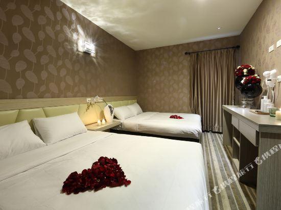 高雄壹品棧酒店(YPJ Hotel)標準四人房