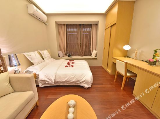伊蓮·薩維爾國際酒店公寓(廣州珠江新城店)(Elaine Saville International Apartment Hotel (Guangzhou Zhujiang New Town))高級大床房