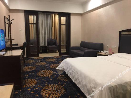 中山匯泉酒店(Huiquan Hotel)豪華套房
