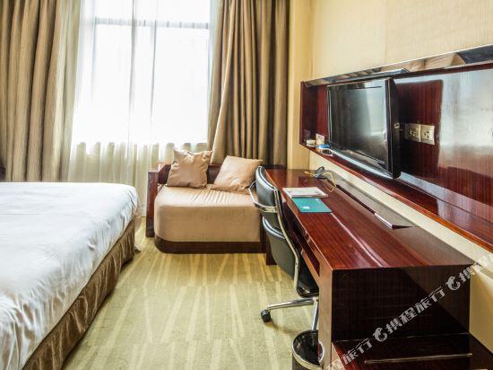 萬信酒店(上海世博園店)(Wassim Hotel (Shanghai World Expo Center))高級大床房