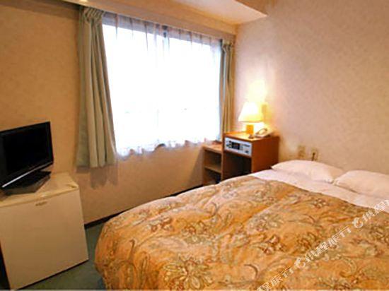 池袋皇家酒店(Ikebukuro Royal Hotel)大床房