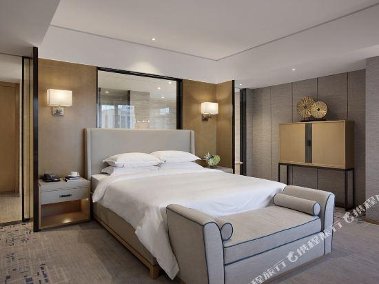 東方銀座國際酒店(東莞松山湖店)(Oriental Ginza International Hotel (Dongguan Songshan Lake))行政套房