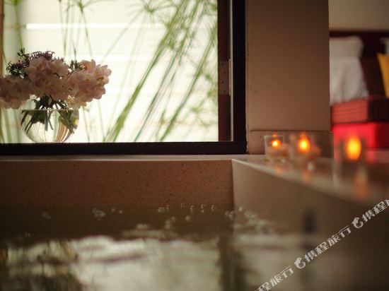 華欣阿爾弗里斯科露天海景度假酒店(Let's Sea Hua Hin Al Fresco Resort)一室公寓(直通泳池)